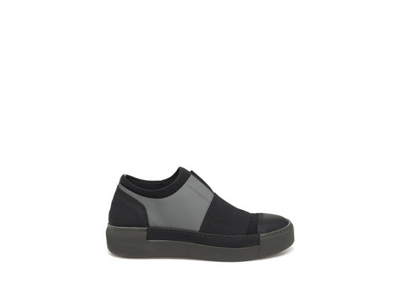 Slip-on in neoprene con suola verde militare