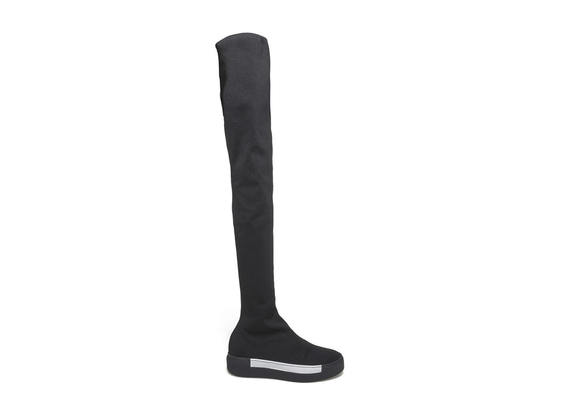 Overknee boot in stretch stocking