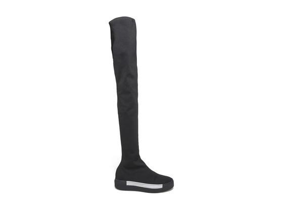 Overknee boot in stretch stocking