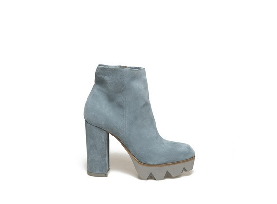 Sky blue suede ankle boot with heavy tread