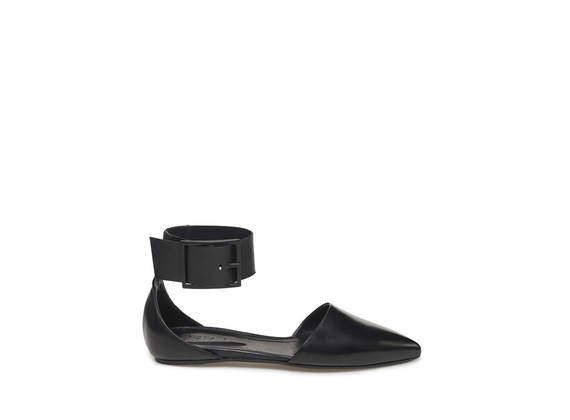 Ballerina with ankle strap and maxi buckle