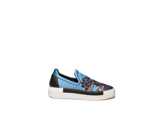 Slip-on en satin bleu