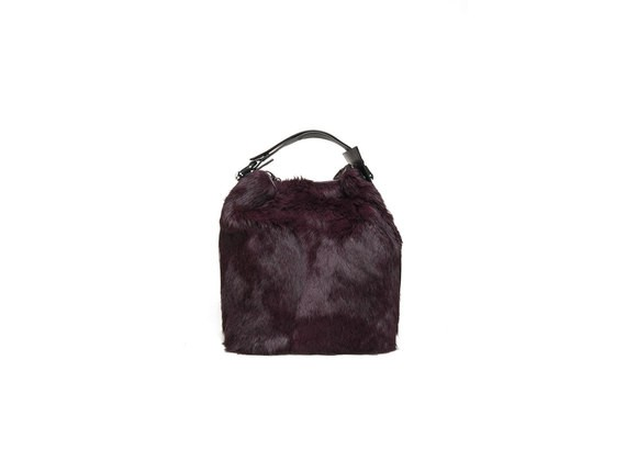Burgundy-coloured rabbit fur bucket bag