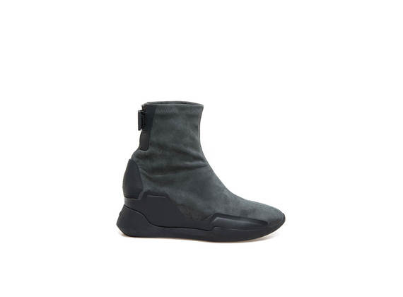Stretch suede ankle boots and rubber appliqué