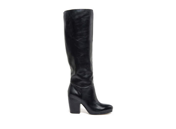 Black leather stove pipe boots with shell-shaped heel
