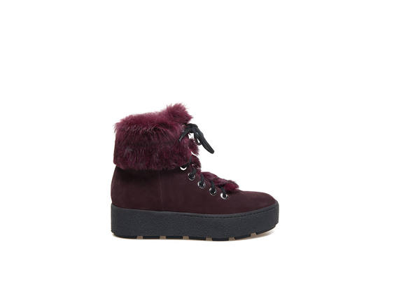 Burgundy ankle boots, rabbit fur laces