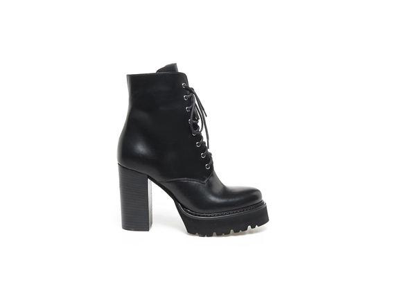 Black naplak  boots with Panama sole