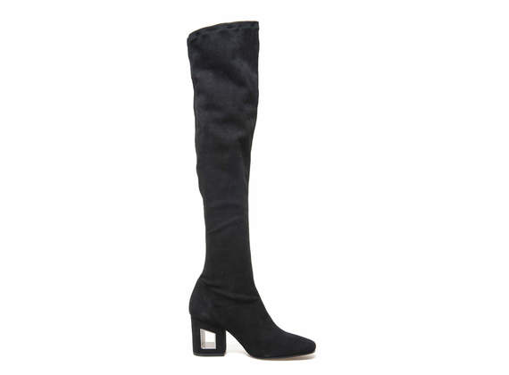 Boots in stretch chamois with perforated heel