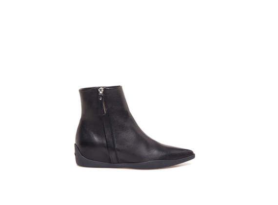 Pointed toe booties with rubber bottom