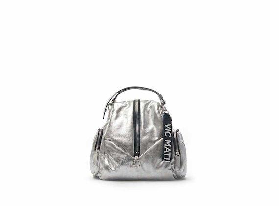 Petit sac à dos Carol avec zip central en cuir argenté