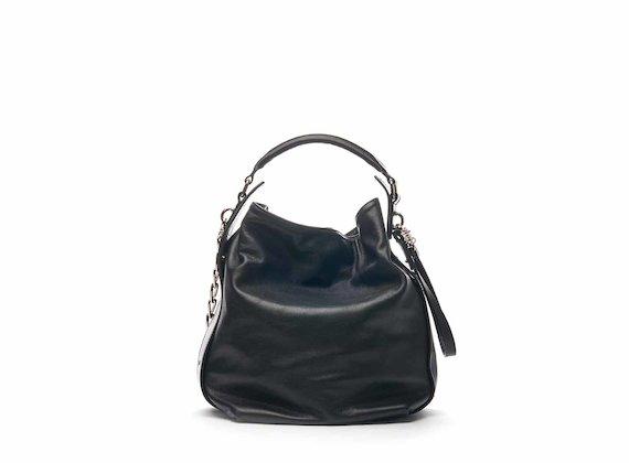 Frida bucket bag with chain strap