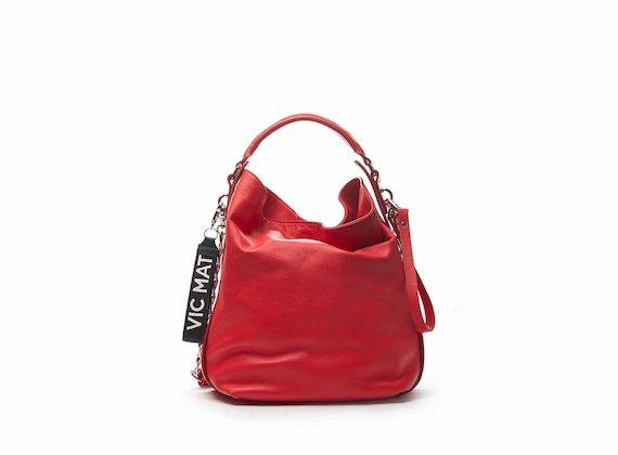Frida red bucket bag with chain shoulder strap
