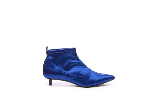 Cornflower blue satin half boot with black micro heel