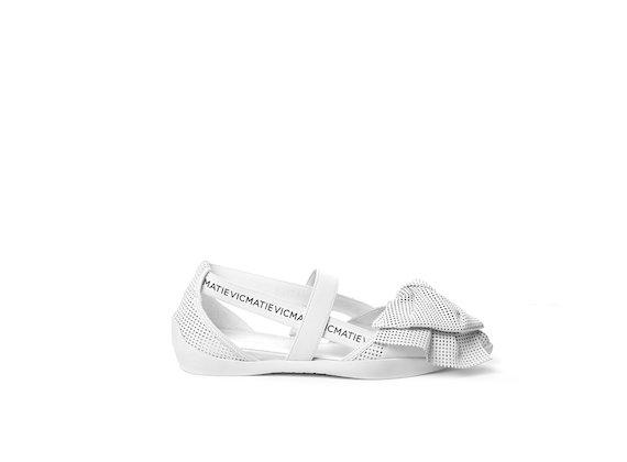Ballerine avec maxi nœud en cuir ajouré couleur blanc