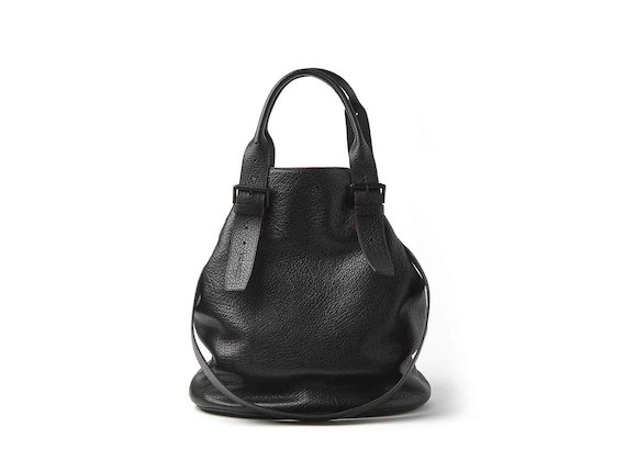 Lea<br />shopper bag with buckles