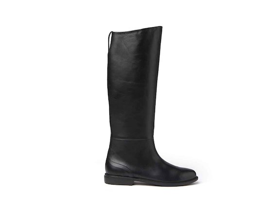 Stove pipe boots with leather sole