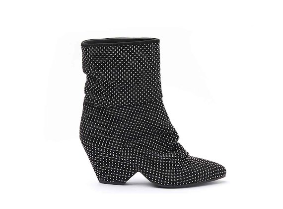 Ankle boots with shell-shaped heel and all-over studs