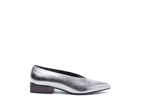 Metallic leather ballerina shoes with block heel