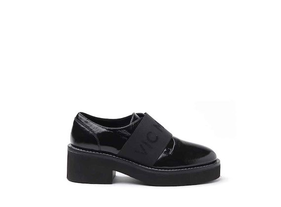 Black naplak Derby shoes with elastics and rubber sole