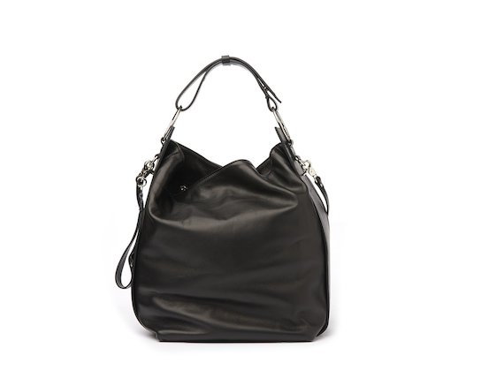 Tara<br />Black bucket bag with rings