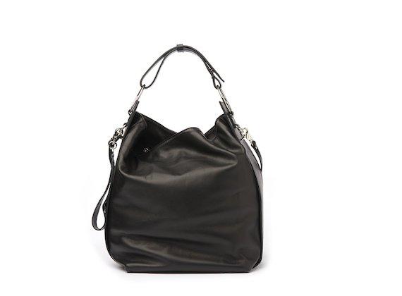 Tara<br />Black bucket bag with rings