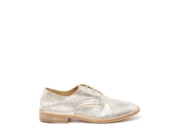 Silver unlined Derby shoe
