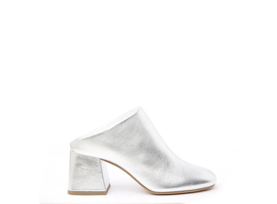 Silver mule with flared heel