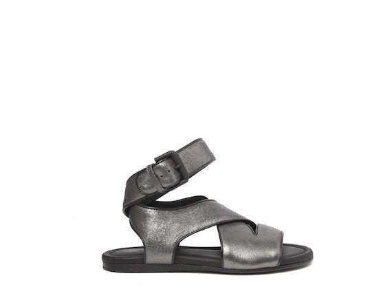 Sandalo flat laminato piombo