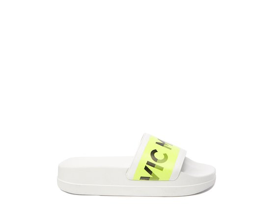 Mules blanches/jaune fluo avec logo