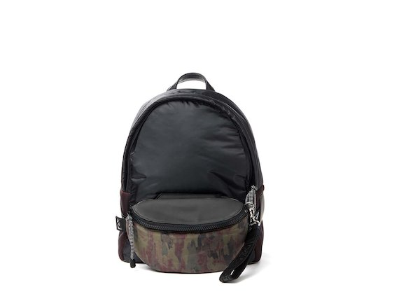 Parker<br>Camo backpack with removable bum bag