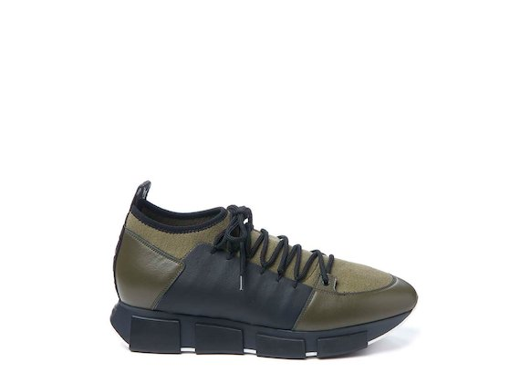 Army green knitted trainer
