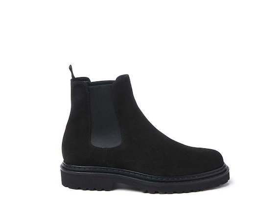 Black crust leather Beatle boot