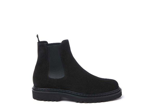 Black crust leather Beatle boot