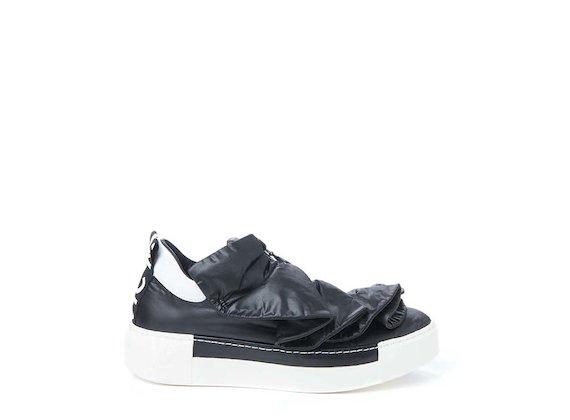 Sneakers à fronces en nylon