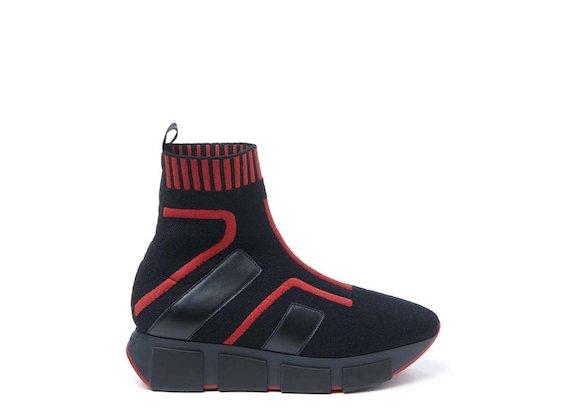 Sock-Laufschuh mit roten Einsätzen