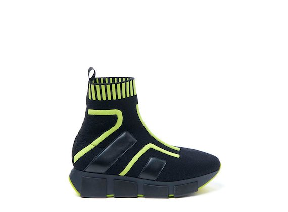 Sock trainer with neon yellow inserts