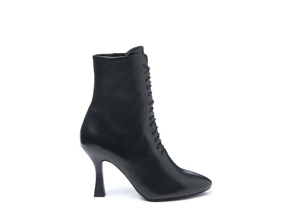 Lace-up ankle boot with spool heel