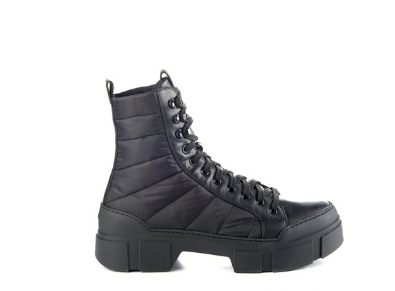 Men's black calfskin/nylon combat boots with lugged sole