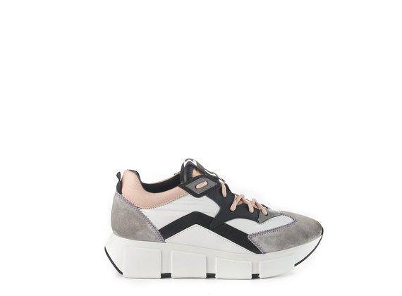 Black/white/grey running trainers