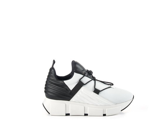 Black/white neoprene running trainers