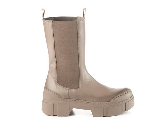Dove-grey calfskin Beatle boots with lugged sole