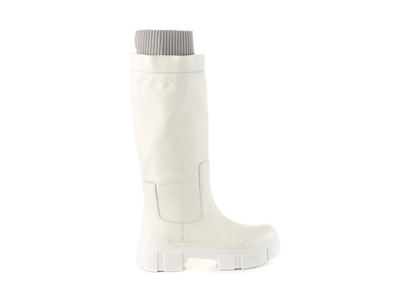 Milk-white leather tube boot with cuff and lugged sole - White