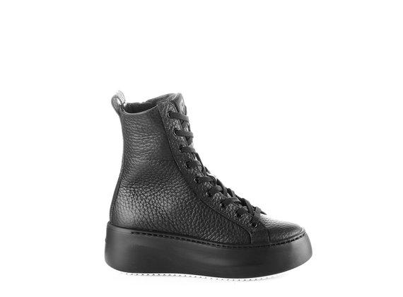 sneakers platform polacco in pelle con grana grossa nera