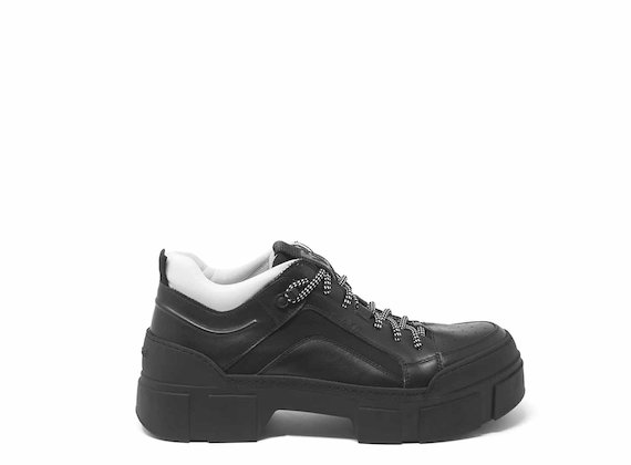 Lace-ups with lug soles - Black
