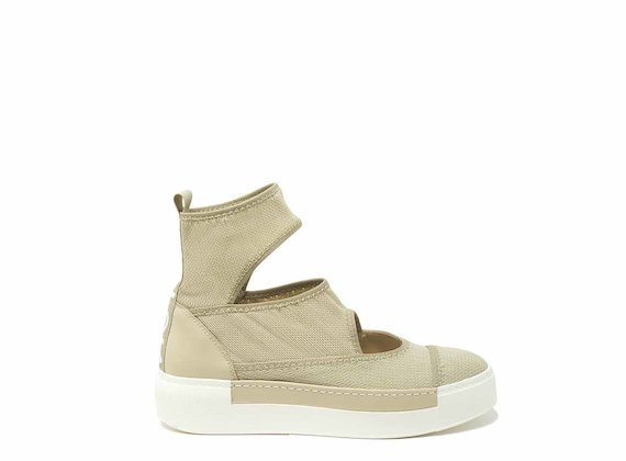 Scarpa calzino cut-out beige