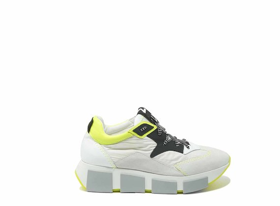 Fluorescent yellow/off-white running shoes in leather and nylon