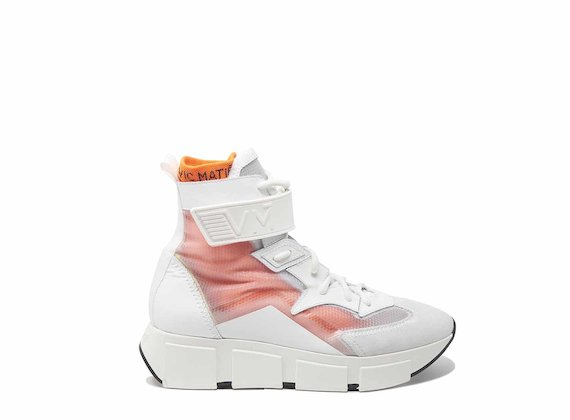 White/see-through high-tops with rubber-strap fastening