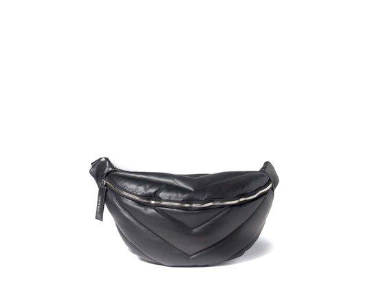 Egle<br>Grand sac ceinture noir en cuir matelassé