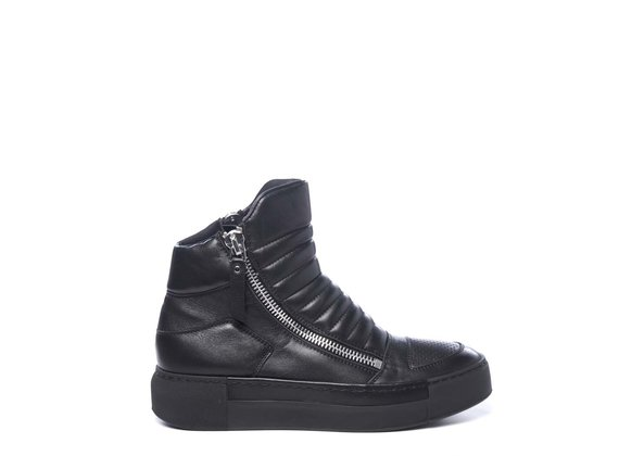 Biker-style black ankle boots in calfskin