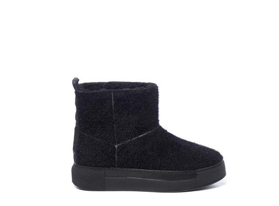 Sneaker Tubo in knit nero e suola in tinta